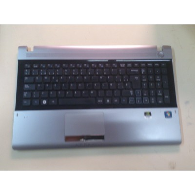 Teclado + Posamanos Samsung R511